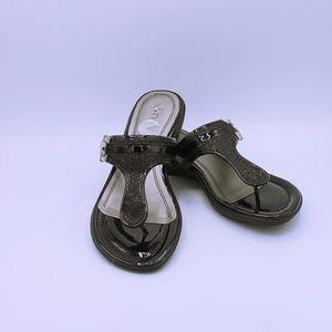 Unisa Atlas Black Pantent Metallic Sandals Sz 8.5